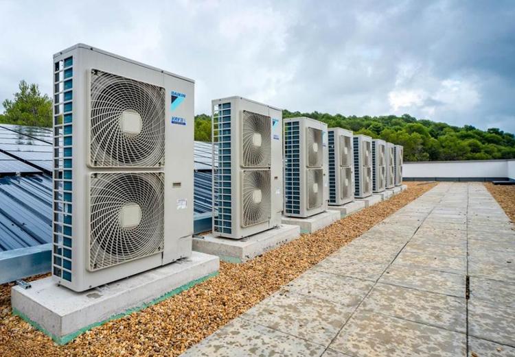 Assistenza tecnica climatizzatore Daikin Lecce Brindisi