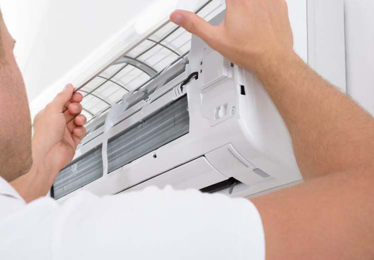 Manutenzione climatizzatore Kelon Lecce Brindisi